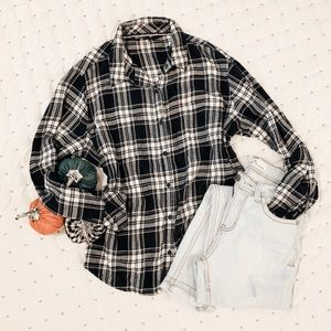 Lee Riders Plaid Button Down ✨